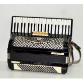 Accordion Firotti 120 basses