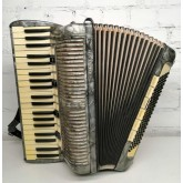 Accordion  Hohner 120 basses